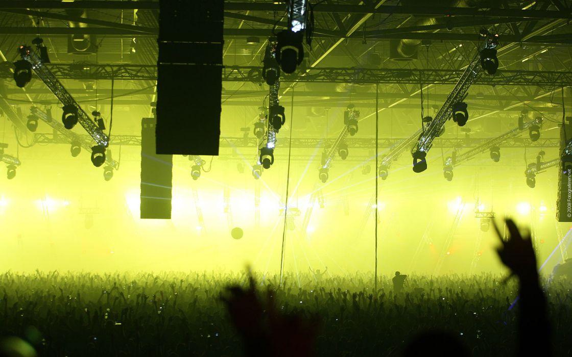 Music crowd wallpaper