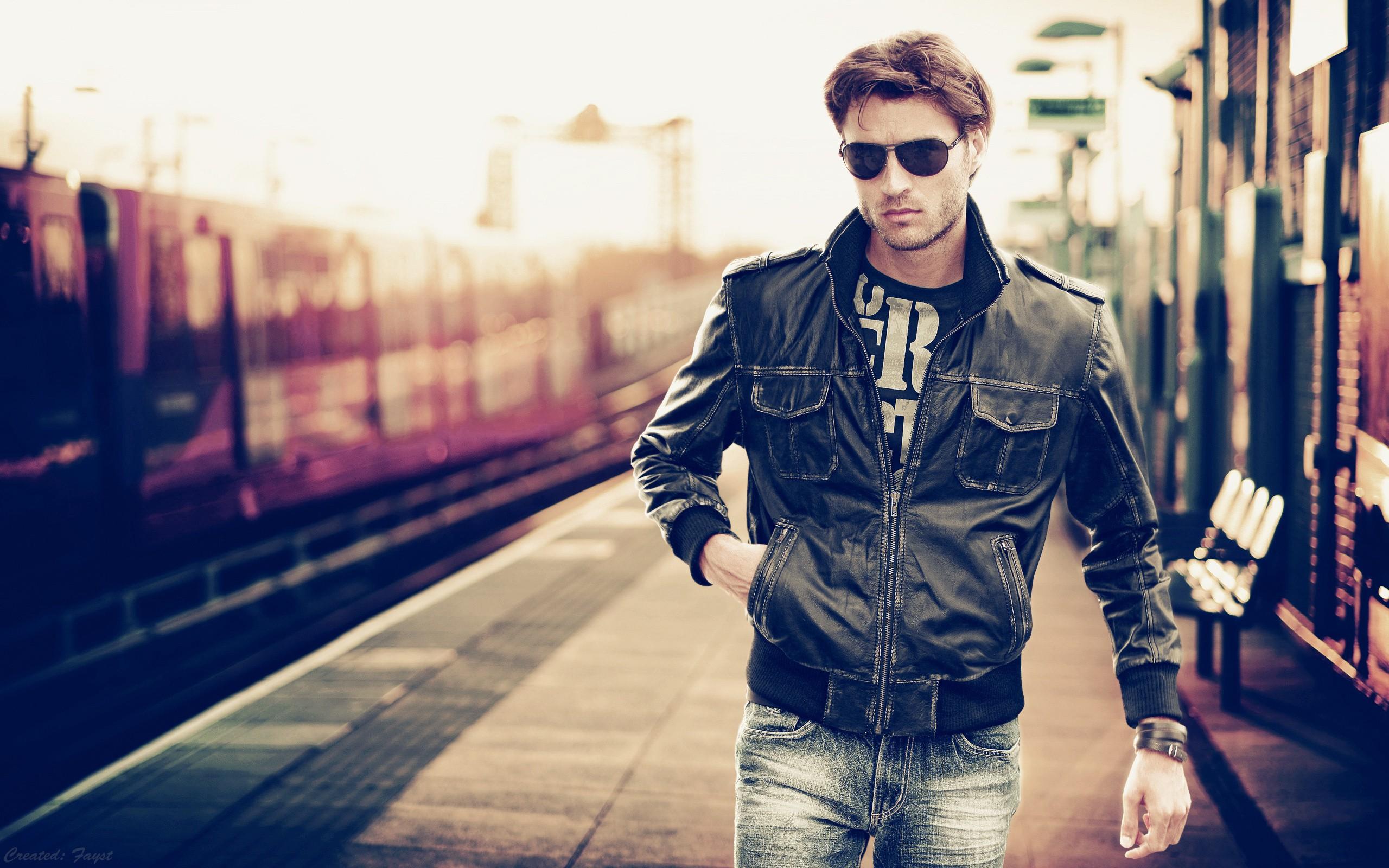 Models men sunglasses train stations bokeh leather jacket for Fashion style wallpaper
