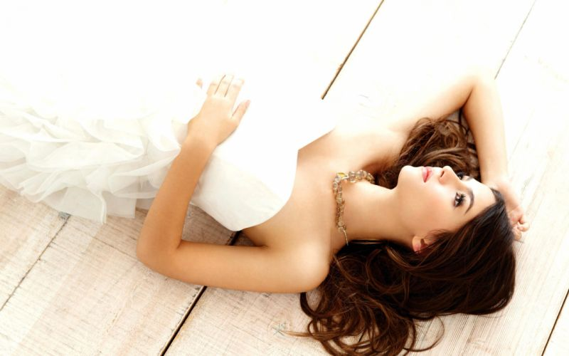Brunettes women models wallpaper