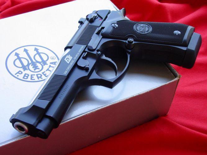 Pistols guns wallpaper
