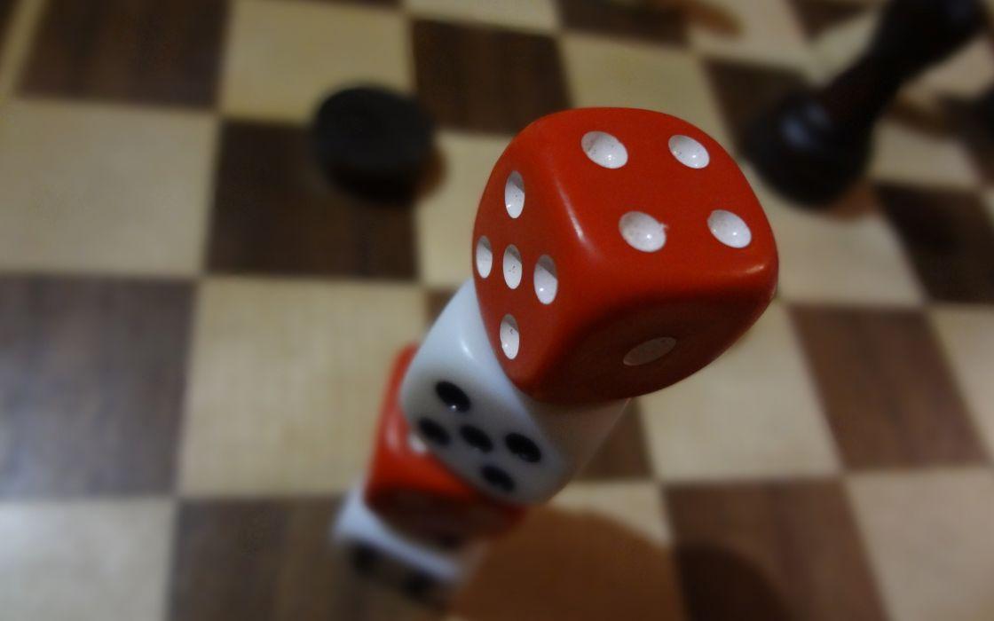 Dice checkerboard macro chess board wallpaper