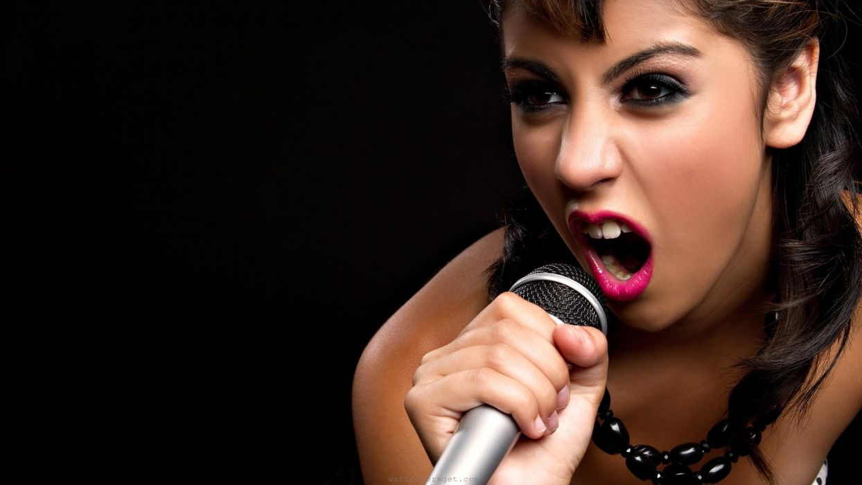rock star singing wallpaper