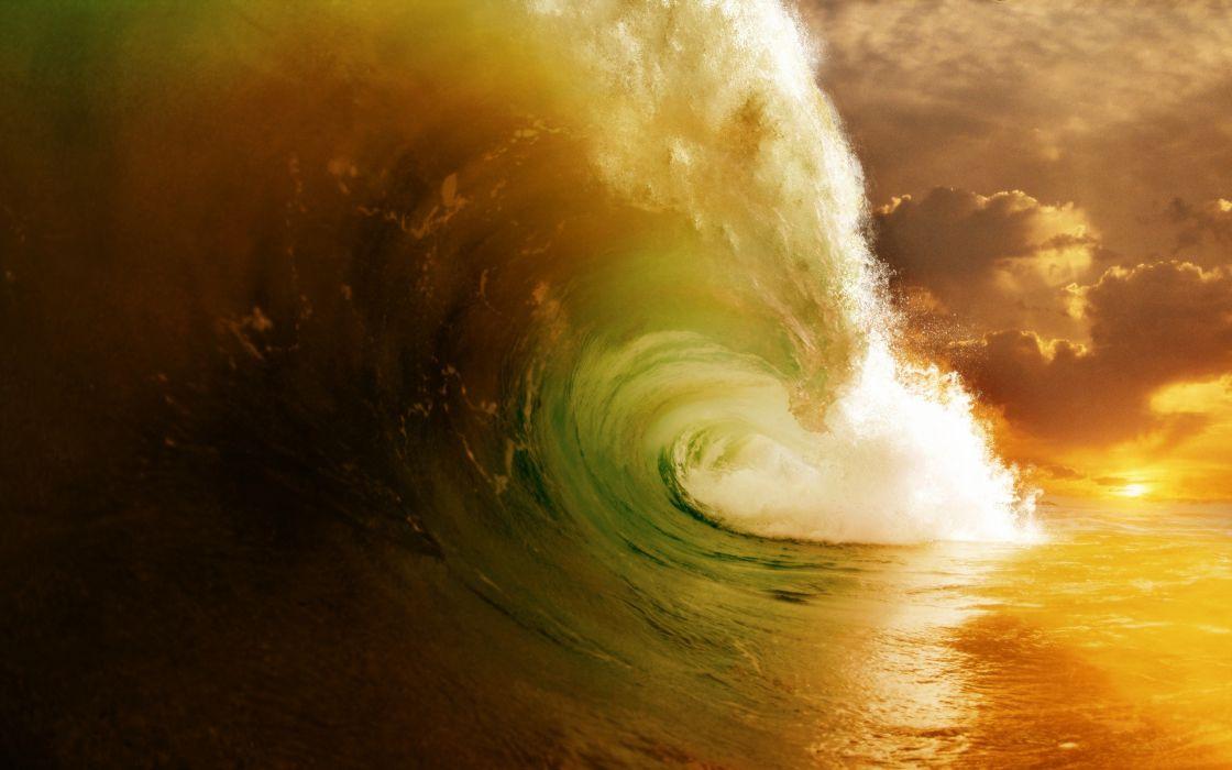 Green ocean waves splashes wallpaper
