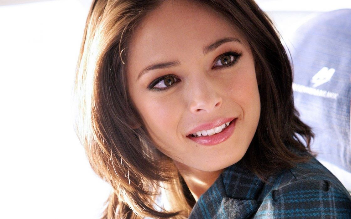 Up models kristin kreuk faces wallpaper