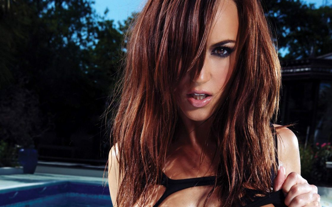 Brunettes women models long hair rosie jones swimming pools faces wallpaper
