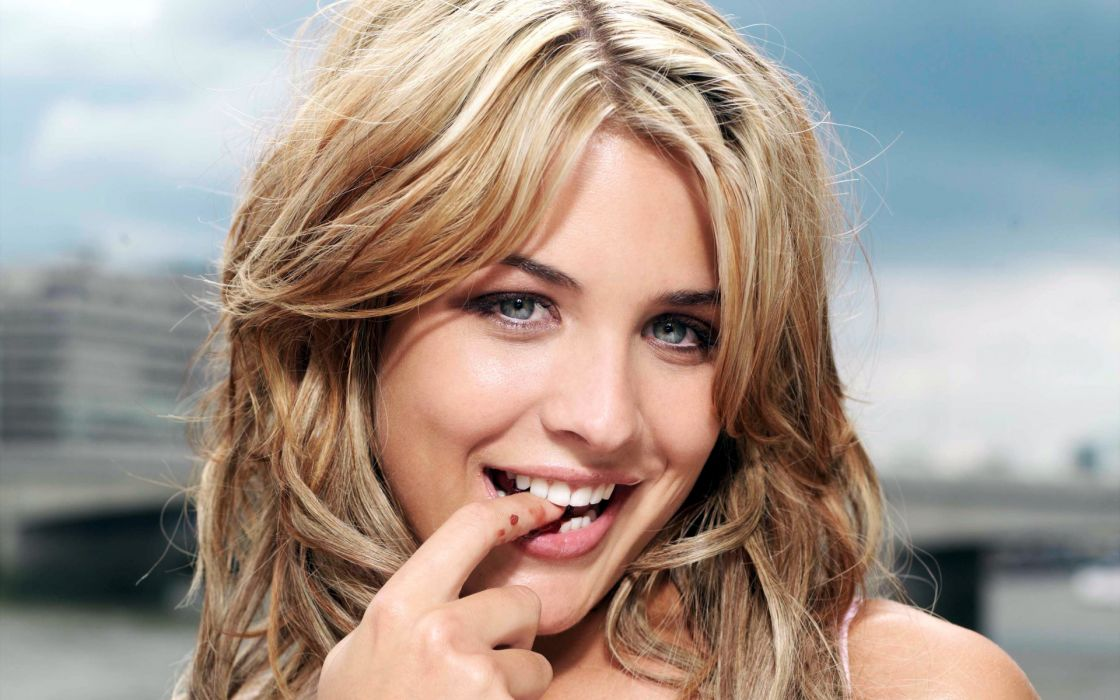 Women gemma atkinson wallpaper