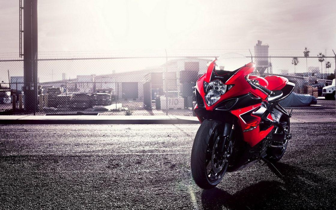 R750 motorbikes wallpaper