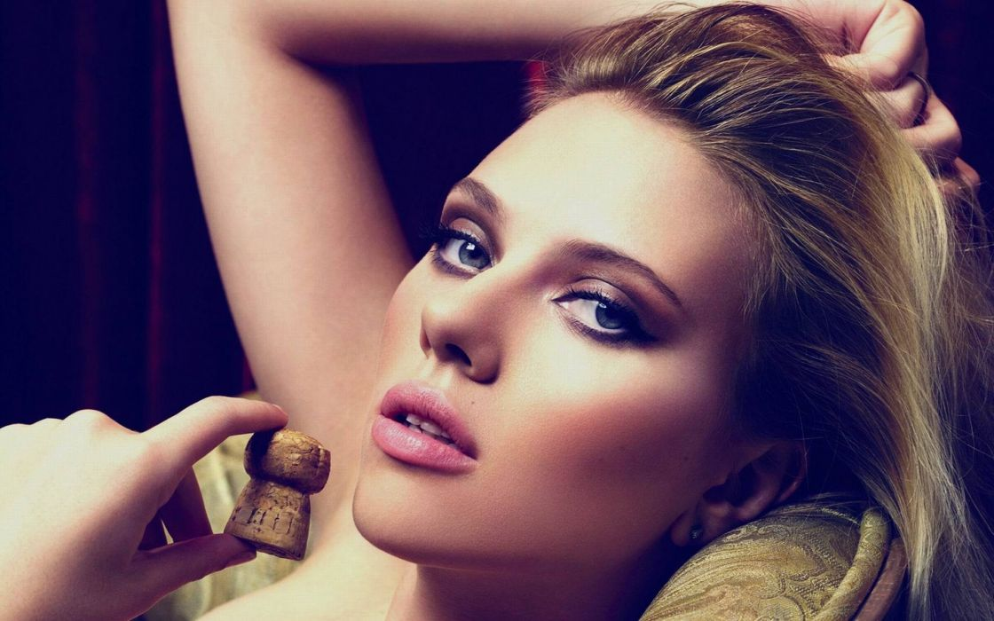 Blondes women scarlett johansson blue eyes faces wallpaper