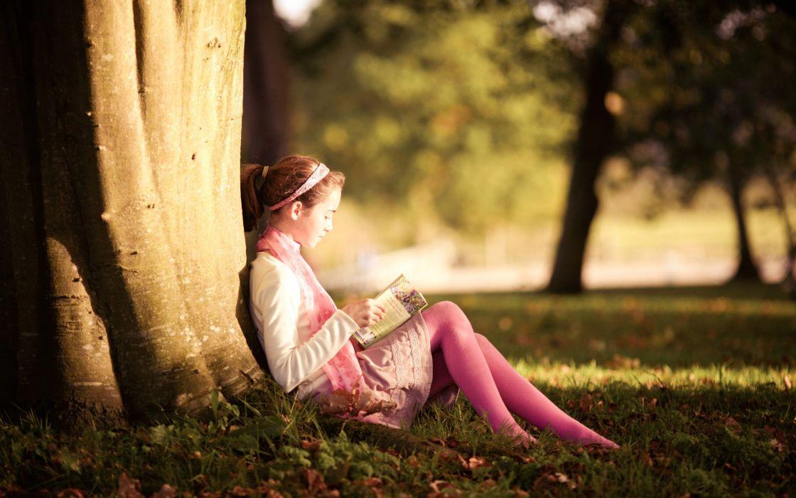 Women stockings reading books jailbait parks wallpaper