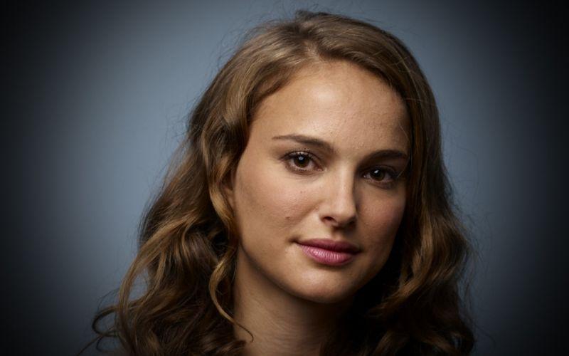 Up actress natalie portman faces wallpaper