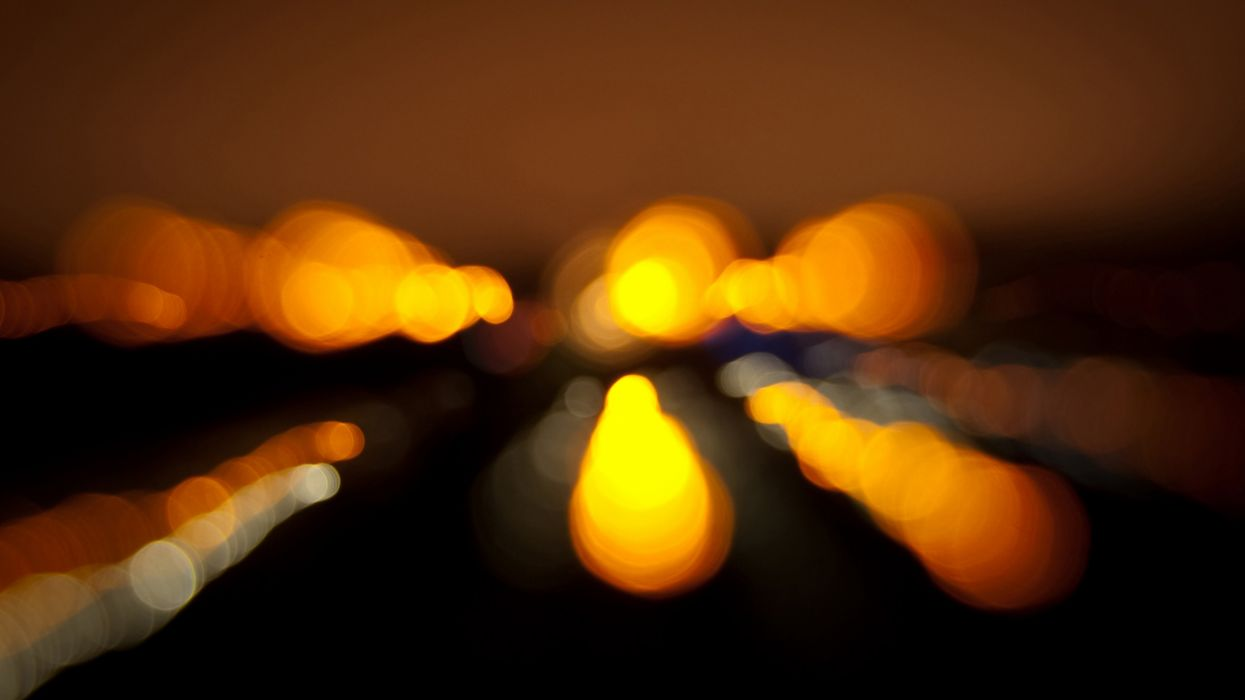 Lights orange bokeh wallpaper