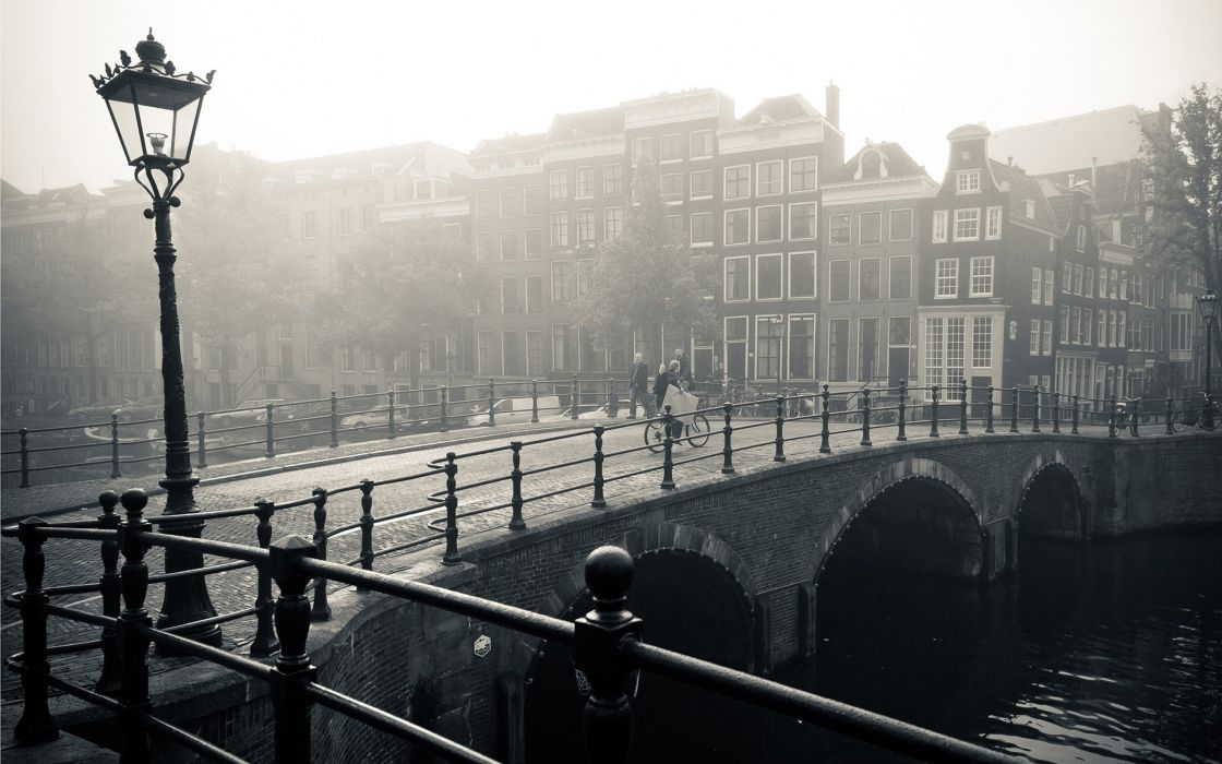 Amsterdam monochrome wallpaper