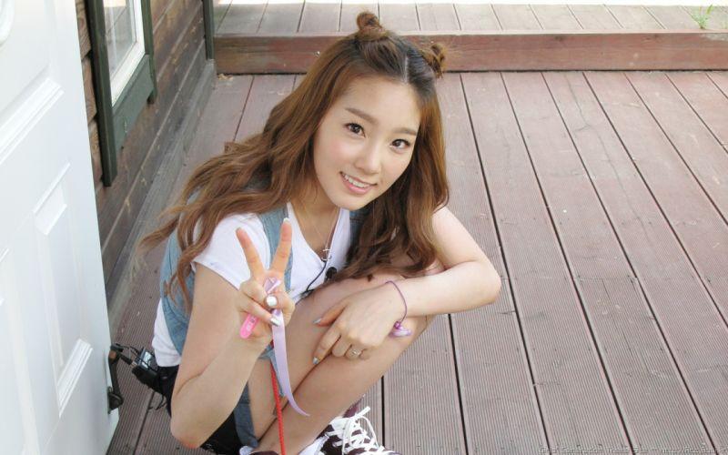 Women girls generation snsd asians smiling kim taeyeon wallpaper