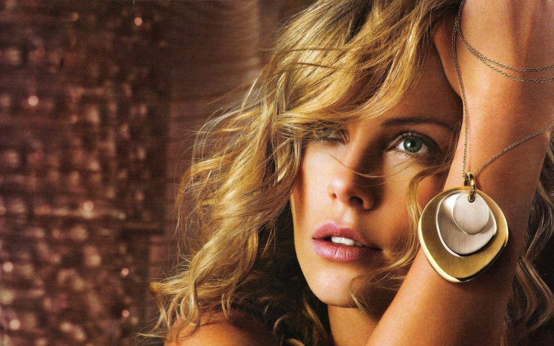 Blondes women blue eyes models charlize theron faces wallpaper