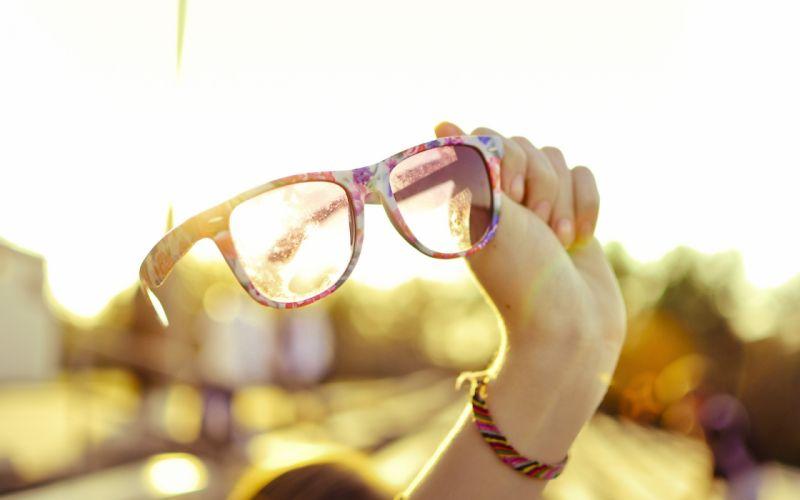 Glasses sunlight girls with glasses wallpaper