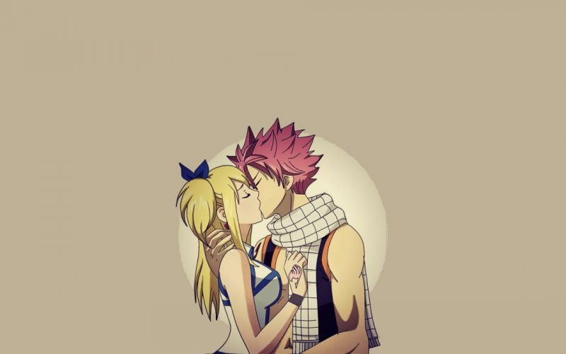 Blondes kissing long hair pink hair fairy tail short hair dragneel natsu closed eyes scarf hair ribbons simple background hair ornaments brown background heartfilia lucy wallpaper