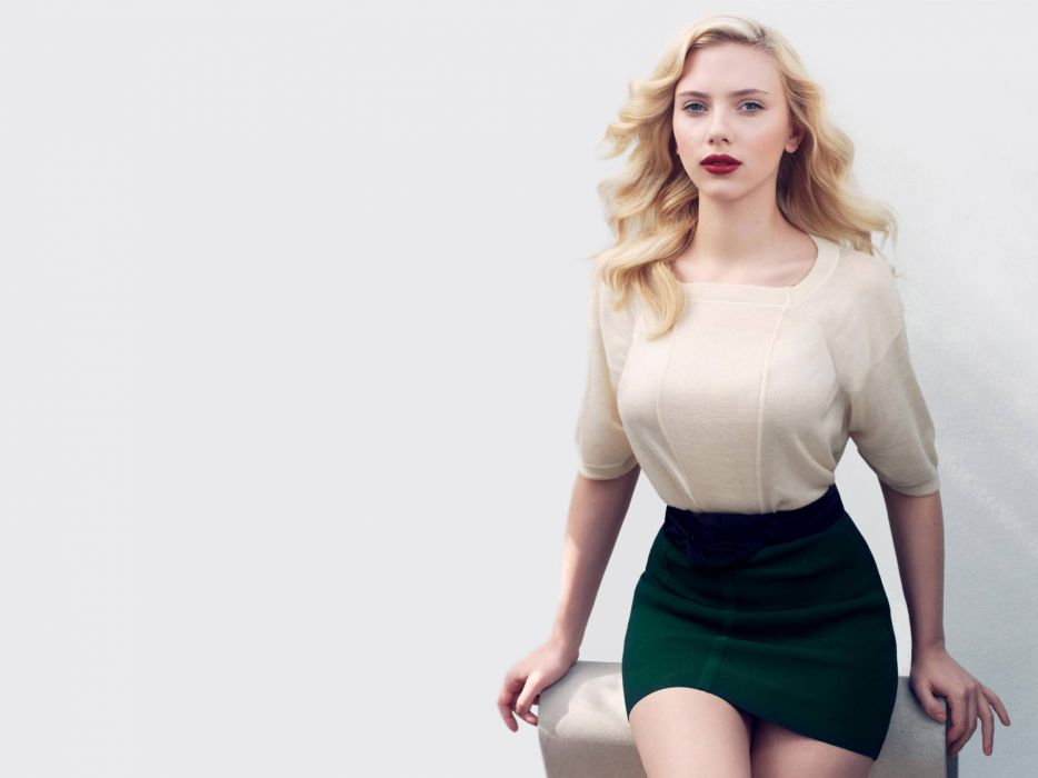 Women scarlett johansson wallpaper
