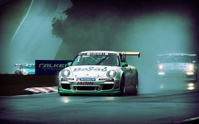 Rain mist racing porsche 911 gt3 wallpaper