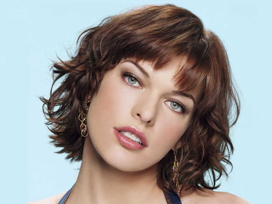 Women Actress Models Short Hair Lipstick Earrings Teeth Milla Jovovich Faces Wallpaper 2048x1536 15165 Wallpaperup