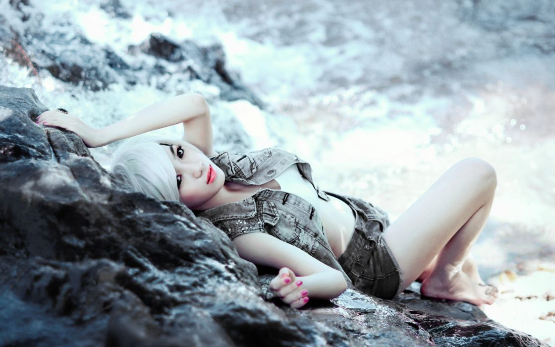 Women shorts white hair wallpaper