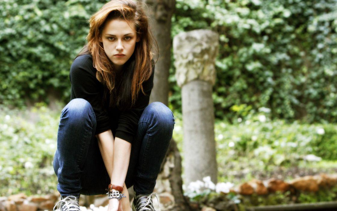 Women Kristen Stewart Twilight Actress Long Hair Bella Swan