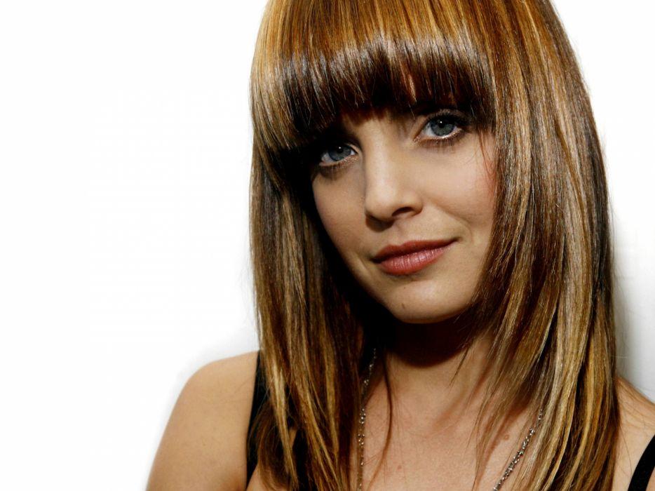 Women actress models mena suvari white background wallpaper