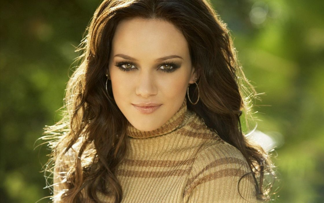 Brunettes women hilary duff singers wallpaper