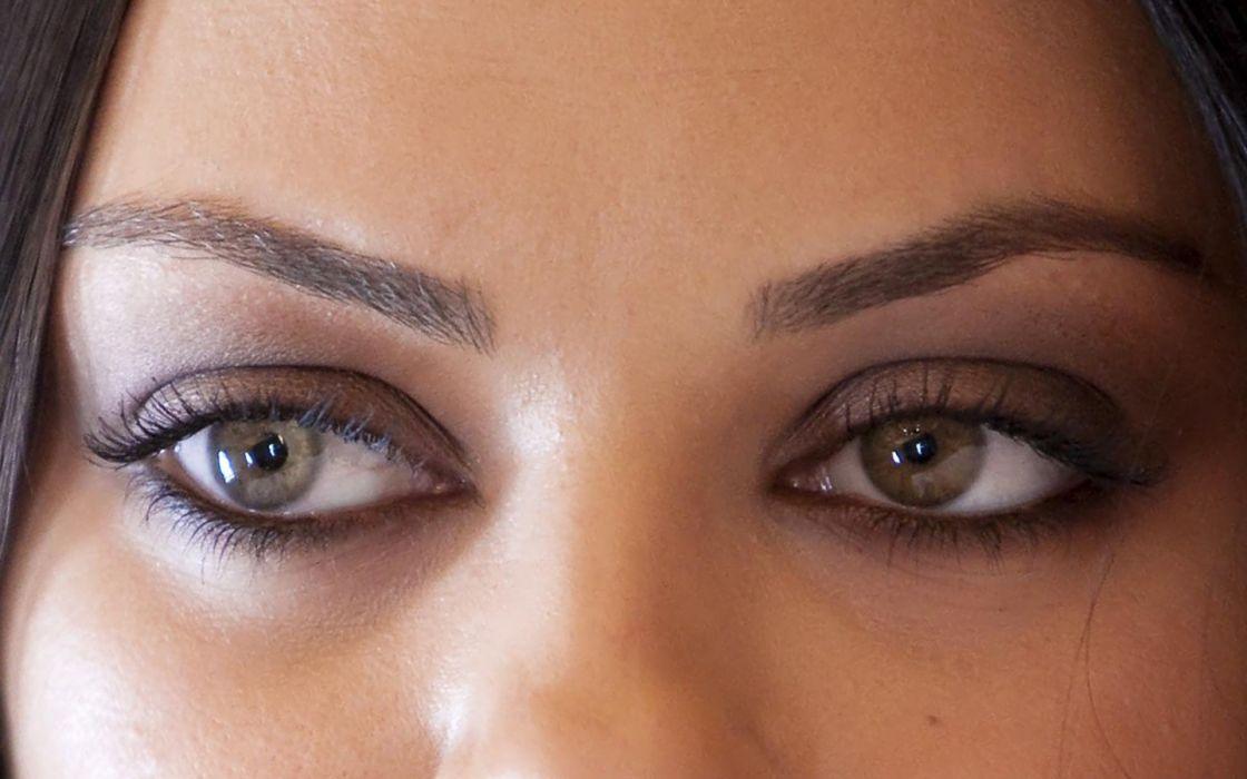 Up eyes mila kunis actress celebrity wallpaper