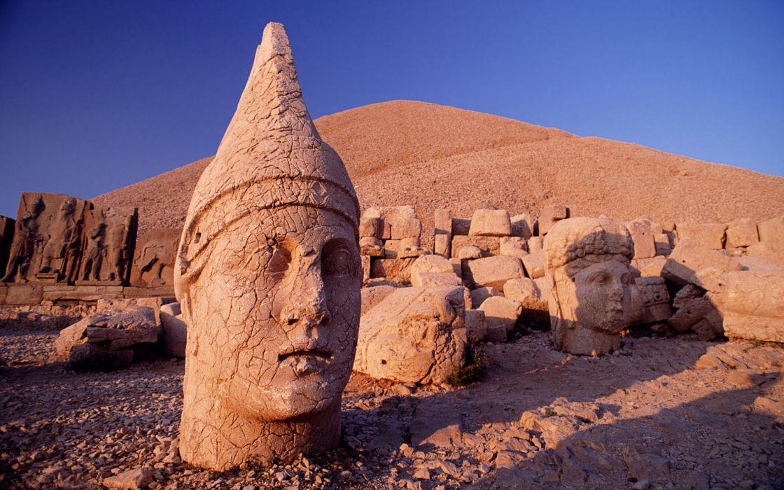 Sand rocks turkey head of apollo wallpaper