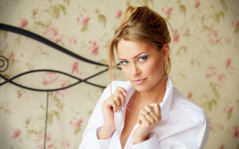 Blondes women beds shirts gray eyes portraits wallpaper
