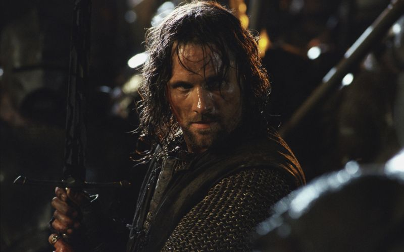 Brunettes movies men the lord of the rings aragorn viggo mortensen warriors swords the two towers wallpaper