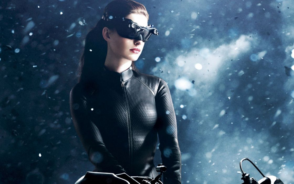 Anne hathaway batman catwoman batman the dark knight rises wallpaper