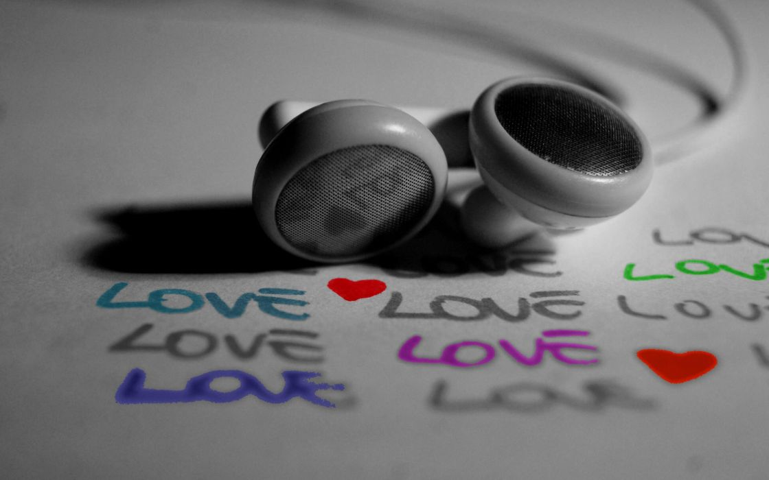 Love earphones wallpaper