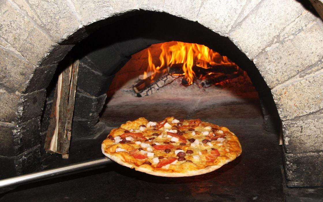 Pizza tomato wallpaper