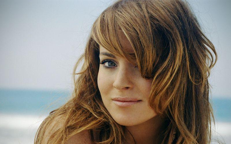 Women actress lindsay lohan faces wallpaper