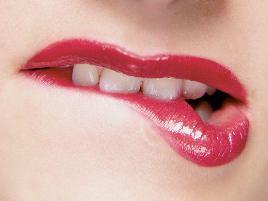 lips_mmmm wallpaper
