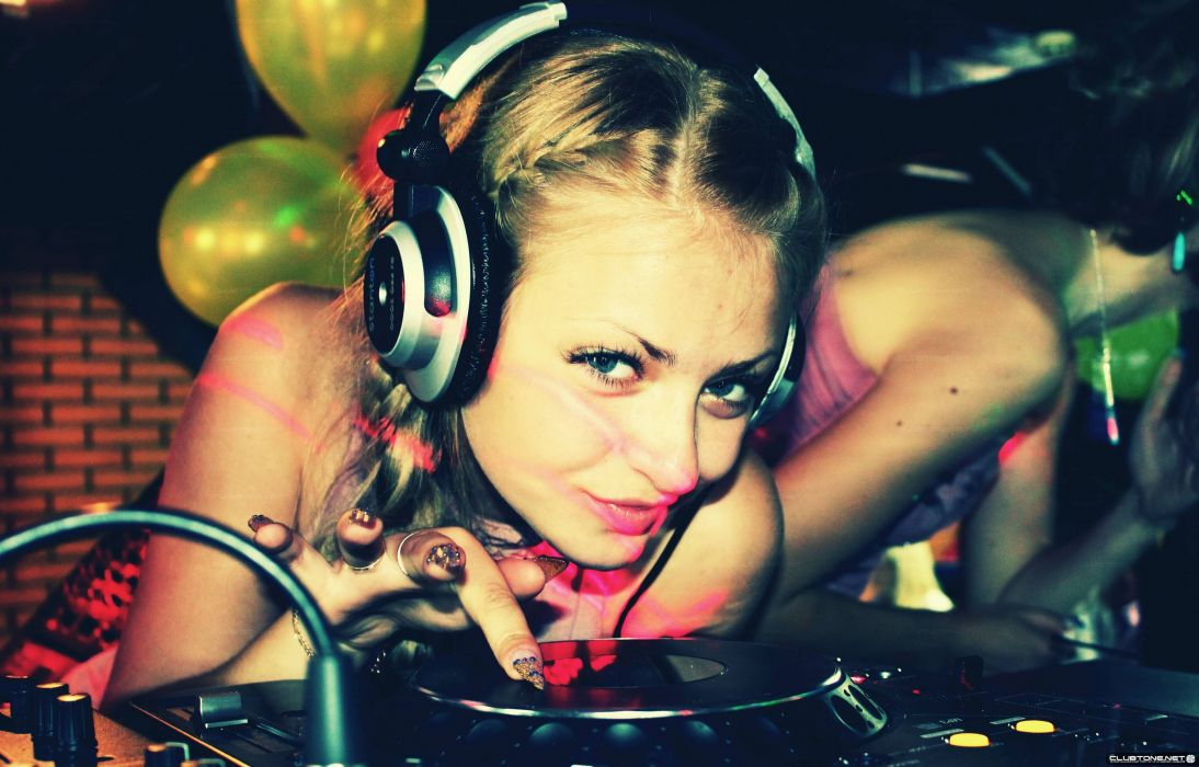 Women music models headphones girl dj  wallpaper