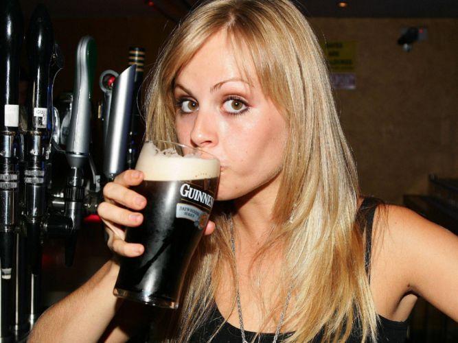 Beers women guinness wallpaper
