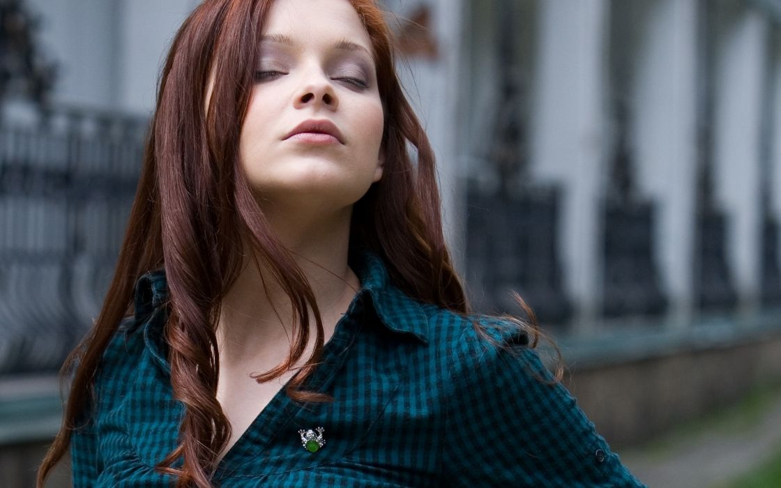 Women redheads lips closed eyes indiana a brooch wallpaper