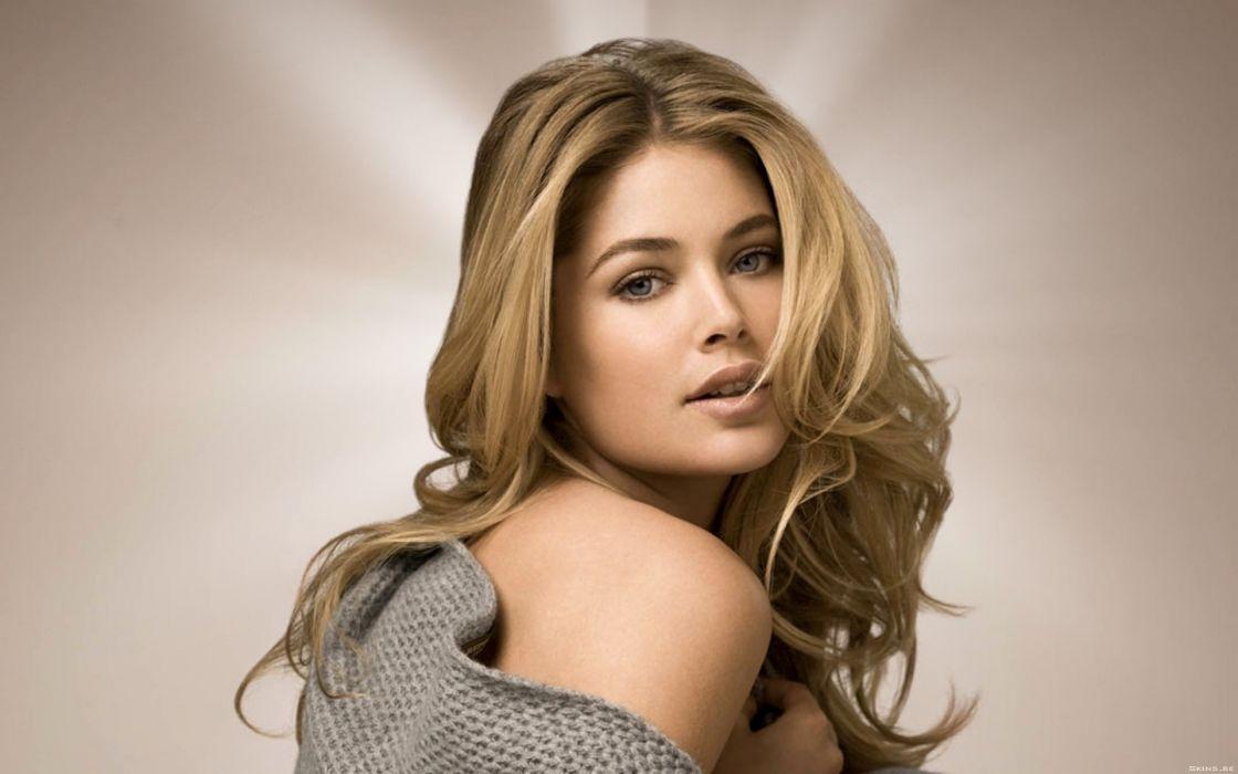 Blondes women doutzen kroes wallpaper
