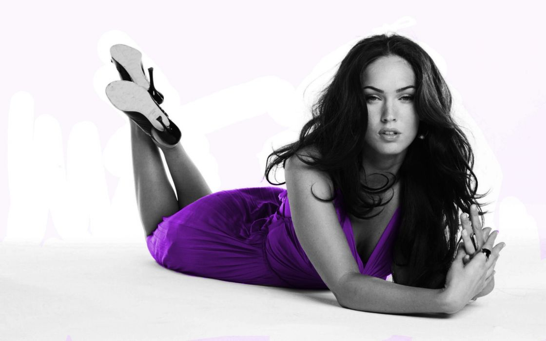 Brunettes women megan fox actress models celebrity selective coloring wallpaper