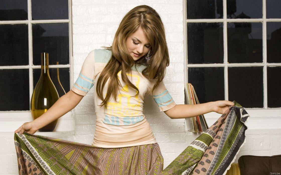 Women celebrity jojo singers wallpaper