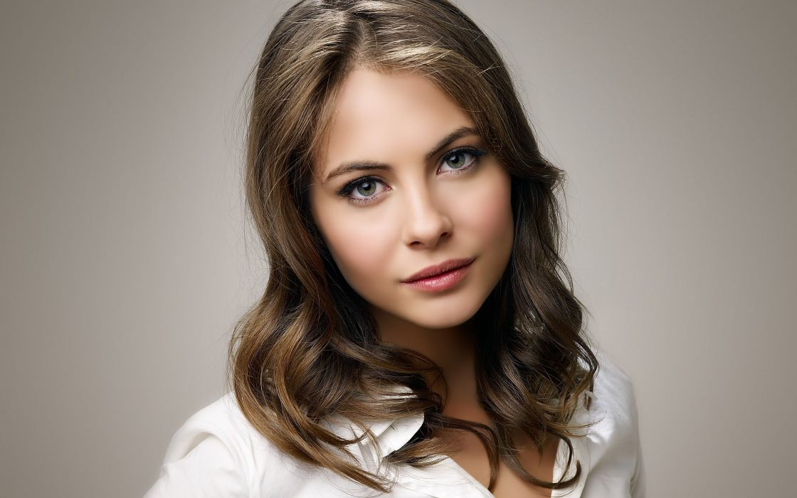 Women willa holland  airbrushed photomanipulations wallpaper