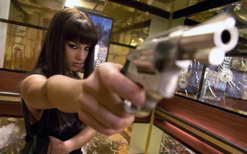 Alicia keys girls with guns smoking aces wallpaper