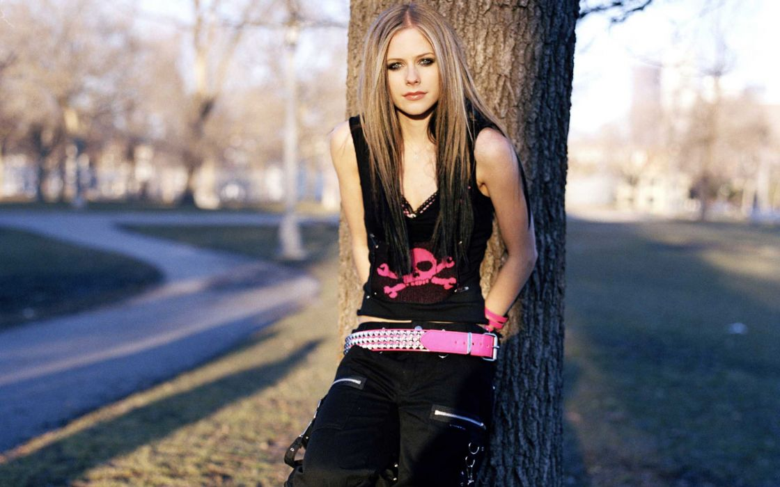 Blondes women avril lavigne trees people wallpaper