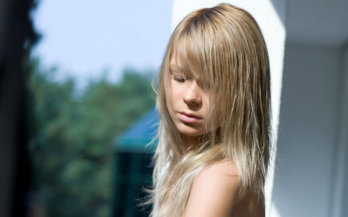 Blondes women outdoors wallpaper