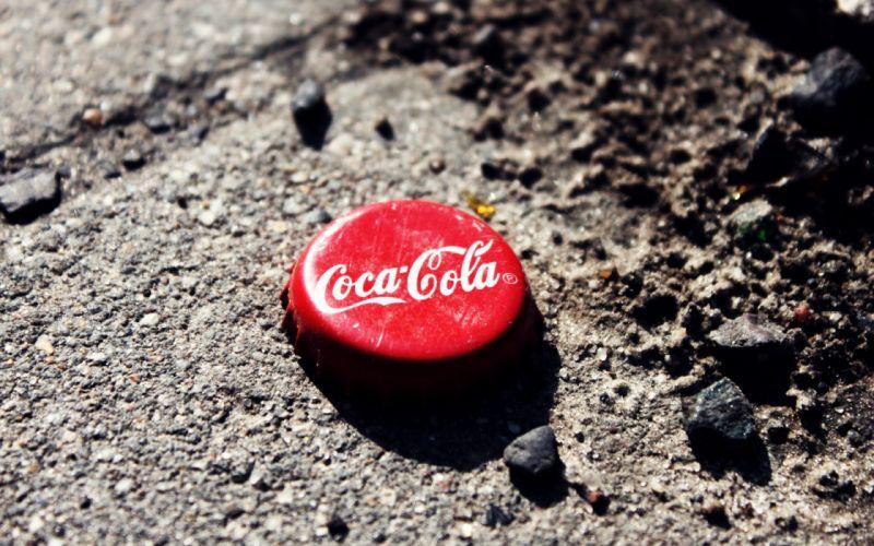Cola macro wallpaper
