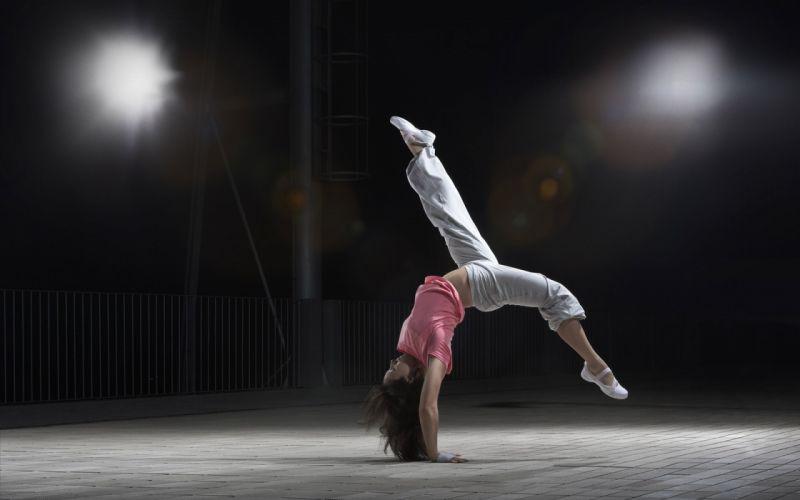 Women sports gymnast wallpaper