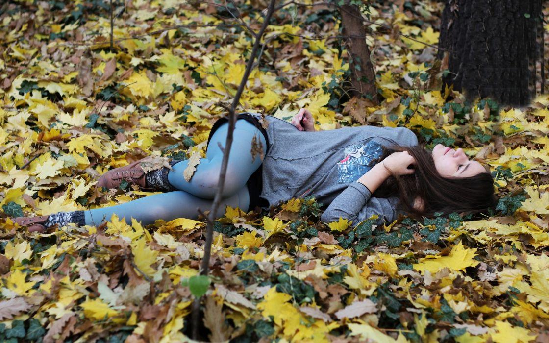 Brunettes women autumn (season) forest leaves girls in nature fallen leaves wallpaper