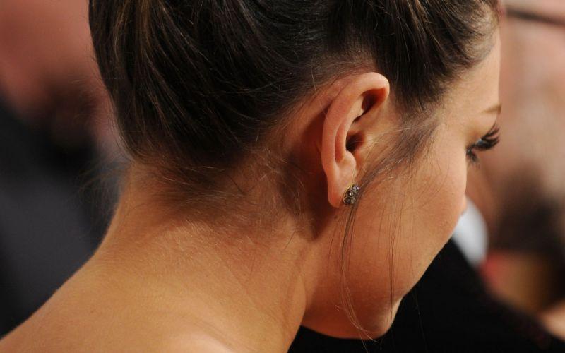 Brunettes women mila kunis actress celebrity neck hair up wallpaper